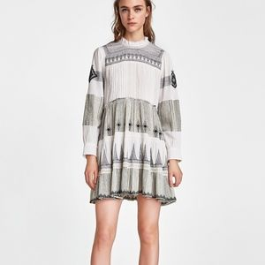 Zara MINI DRESS WITH CONTRASTING EMBROIDERY